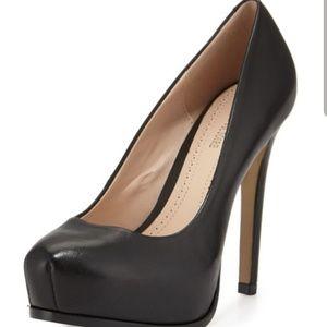 Shoes - Pour la Victorie Black Pump
